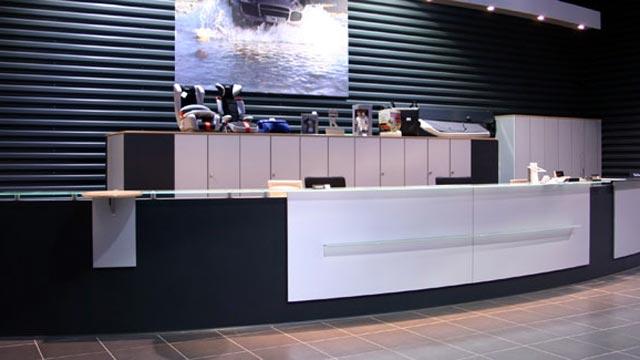 Arredamento bancone reception hotel albergo ufficio arredo 3 for Arredo 3 srl legnago